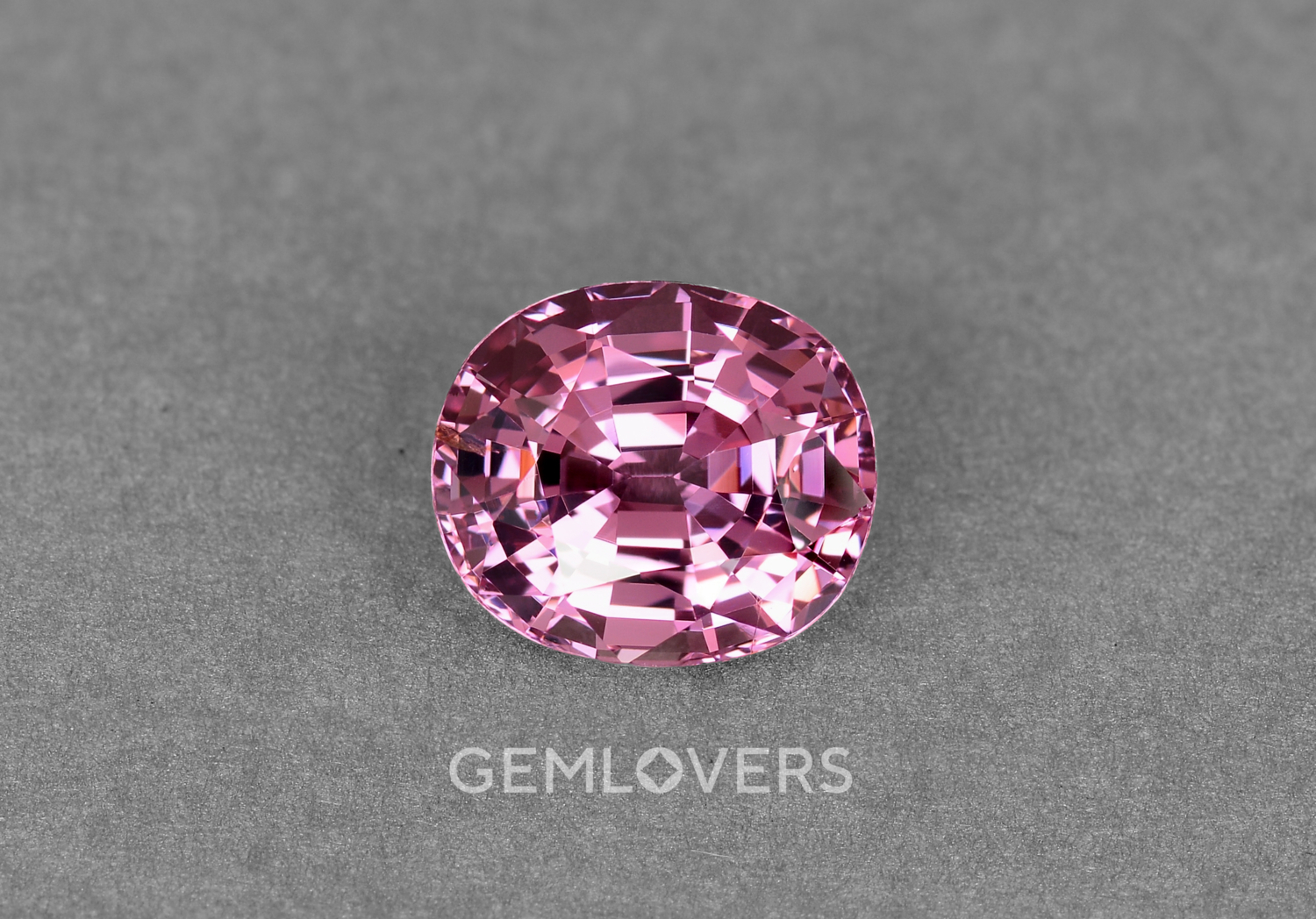 Natural stone pink spinel