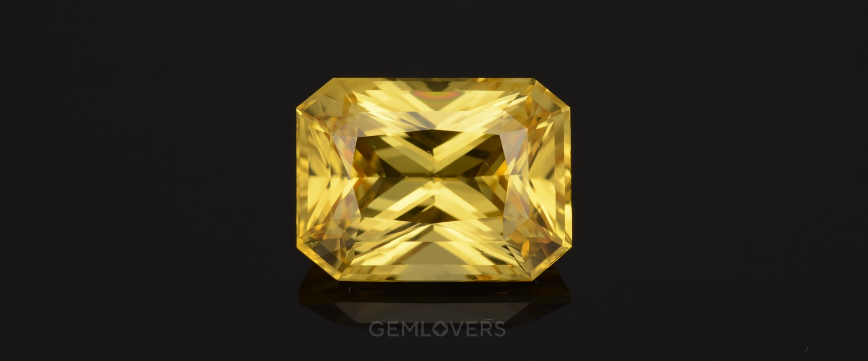 unique sample of the unheated yellow sapphire