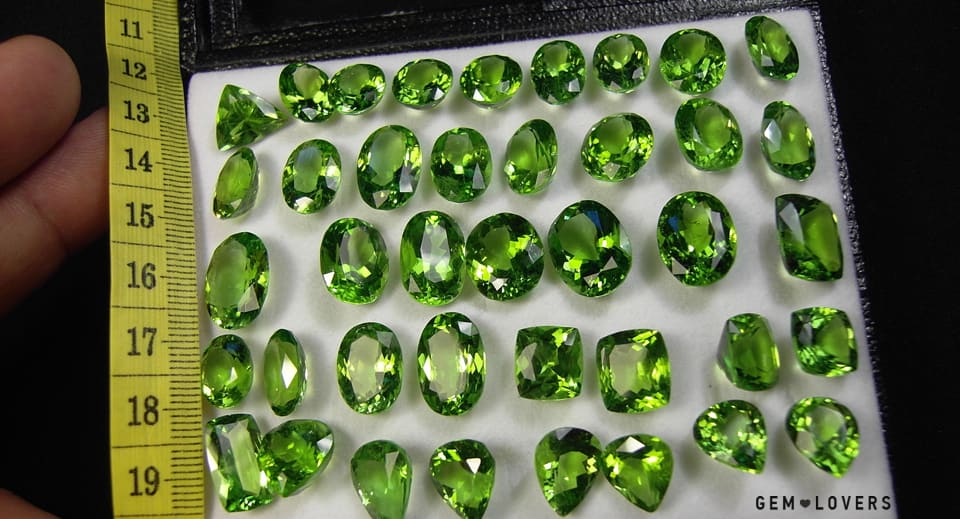 the color of peridot