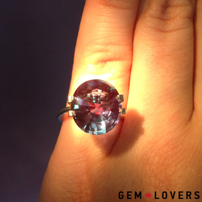 The color of alexandrite